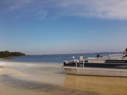 boating in cedar key florida island