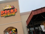 Dick's Last Resort Lake Buena Vista Now Serving Good Food and Good Times