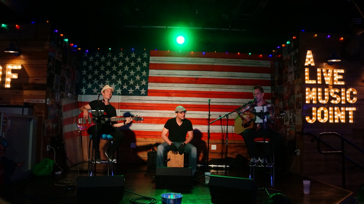Tin Roof Orlando Serves Up Good Times And Good Tunes